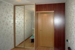 Шкаф-над-дверью-с-антресолью