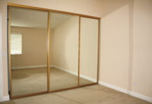Купить зеркальные двери для шкафа купе на заказ